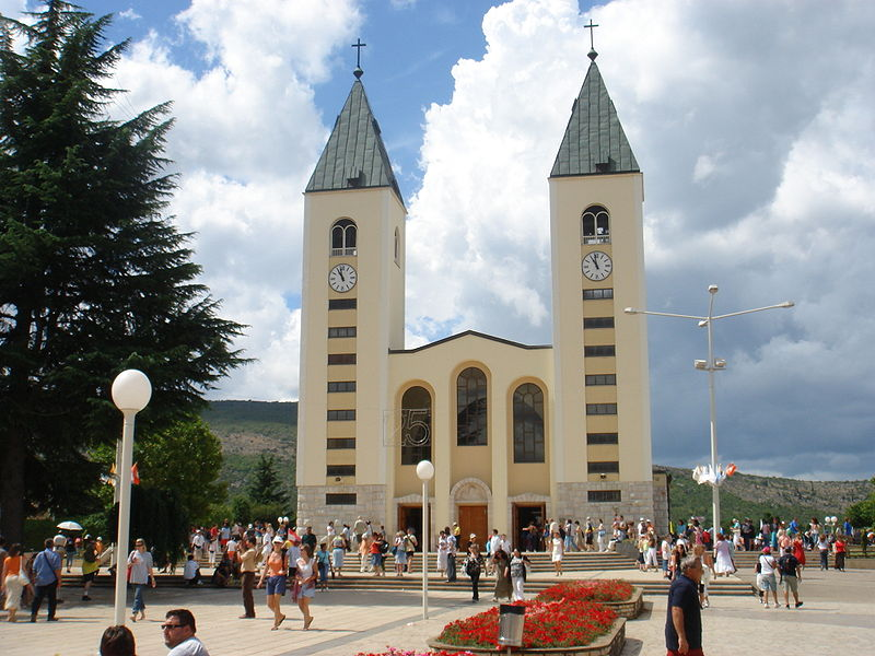 800px-Međugorje_St.James_Church